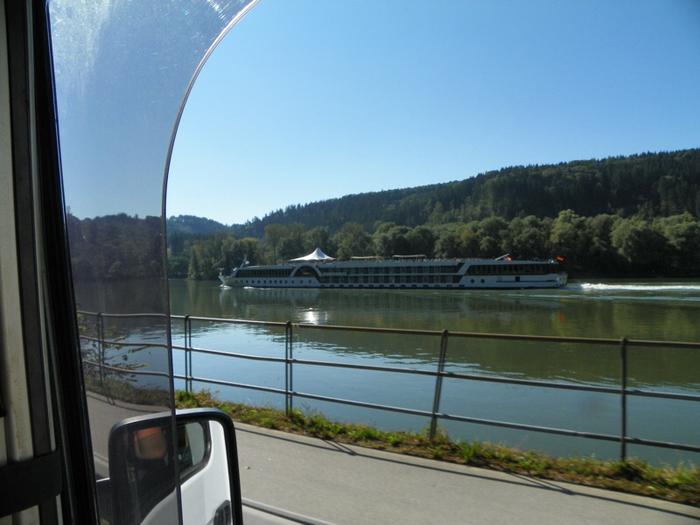 Ankunft Stellplatz Obernzell - und ein Traumplätzchen ist auch noch frei.