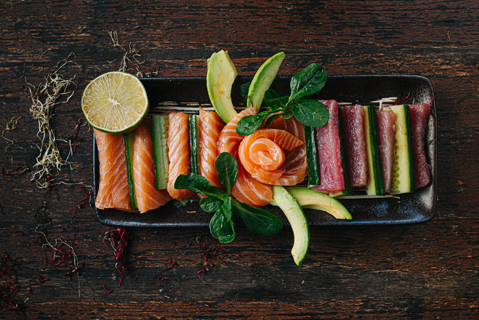 food, foodphotography, foodporn, sushi, michael, fiukowski, berlin, fotograf, professional, professionell, avocado, lime, salmon, bestfood, recommended
