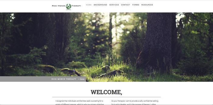 Imagen de un bosque como fondo de una web.