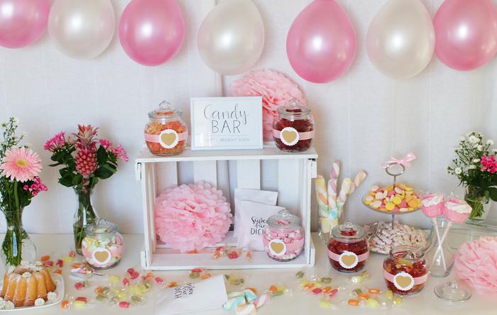 Candy Bar Vintage selbermachen Weinkiste selber machen Etagere Tipps Beispiele Geburtstag Hochzeit