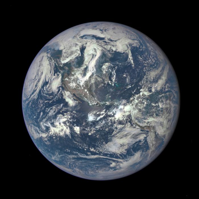 Quelle: NASA, Satellit DSCOVR, 06.07.2015