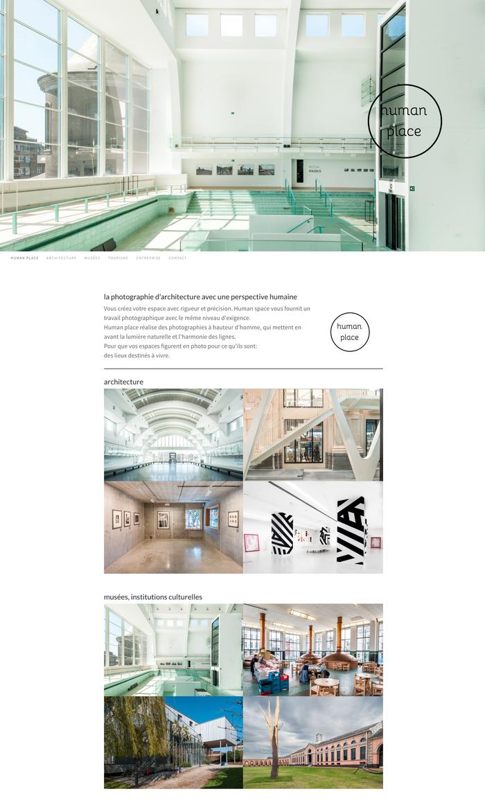 Le site Human place sort du lot grâce à son design sobre et de superbes images.