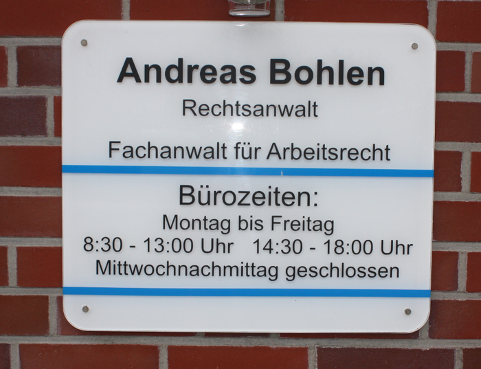 Rechtsanwalt Andreas Bohlen Kanzlei Schild in Moormerland