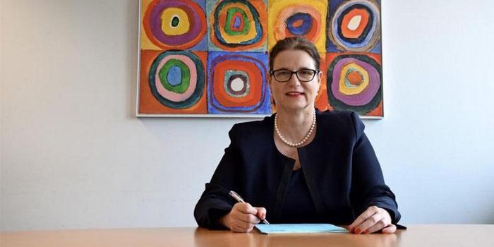 Die erste Kandidatin: Sozialdezernentin Monika Probst will Garbsens neue Bürgermeisterin werden. (Quelle: Gerko Naumann, www.haz.de)