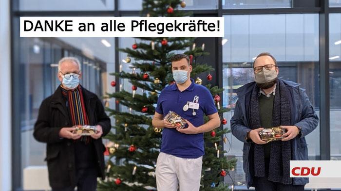(v. l. n. r.): Wolfgang Kuhn (Vorstandsmitglied im CDU-Stadtverband Lüneburg), Patrick Schunk (Klinikum) und Alexander Schwake (CDU-Stadtverbandsvorsitzender)