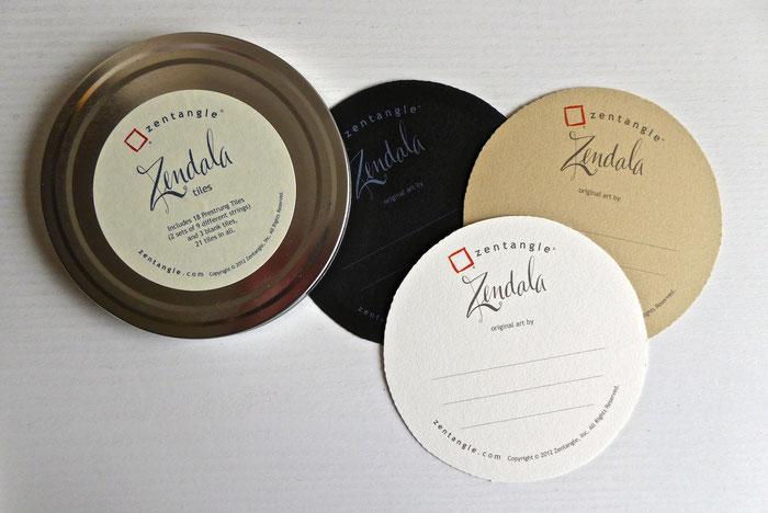 Zentangle Zendalas in den 3 Farben weiss, schwarz, renaissance