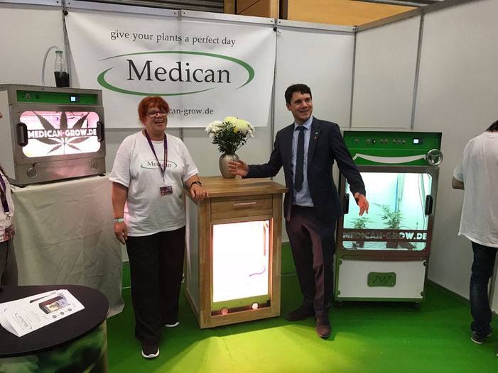 Florian Riester at Medicans booth