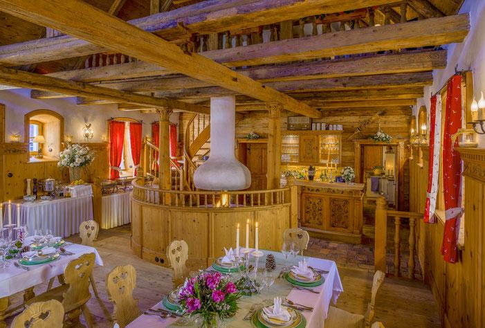 Hotel, Kitzbüheler Stubn in Falkenberg/Elster, Partyraum, Restaurant, Rustikal