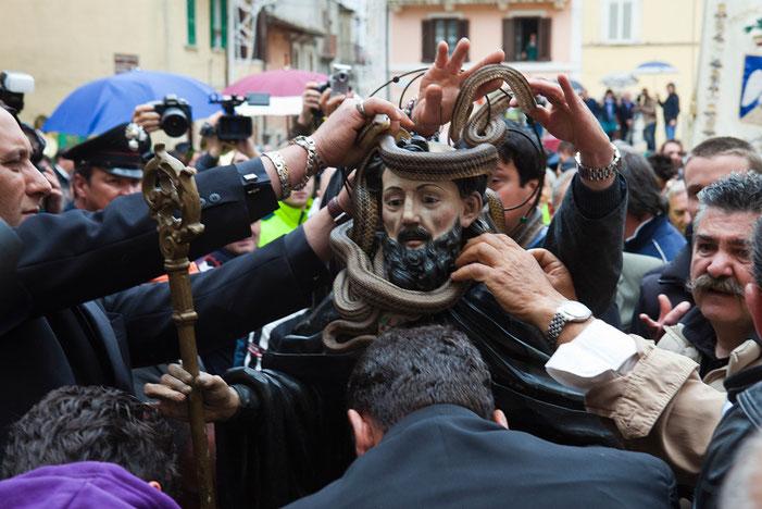 Cocullo, Festa di San Domenico
