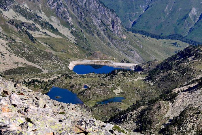 Zoom sur le Lac dets Coubous et ses satellites (Lac Blanc et Lac de Tracens).