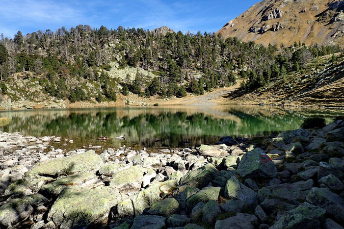 Très beau petit lac.