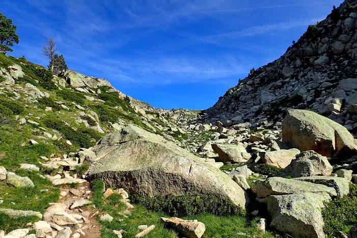 Vers le Col de Madamète (2509m)..