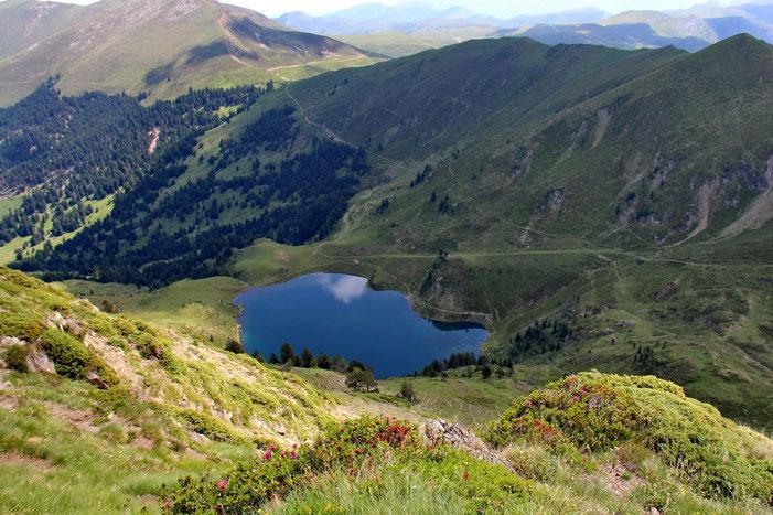 Avec une superbe vue sur le lac de Bareilles.