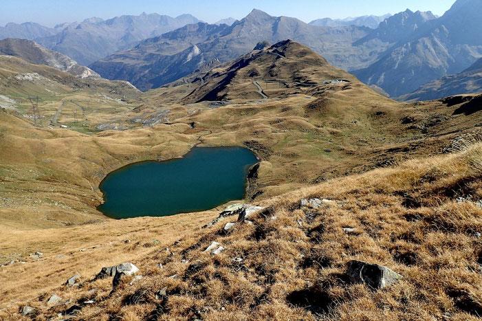 Coté France, vue sur le Lac des Espécières.