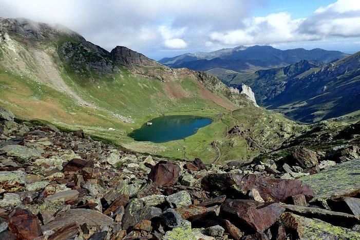Et qui donne (encore) une joli vue sur le lac. Le temps se gâte...