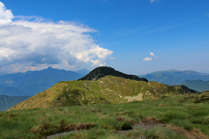 Vers le Montious (à l'ombre d'un gros nuage).