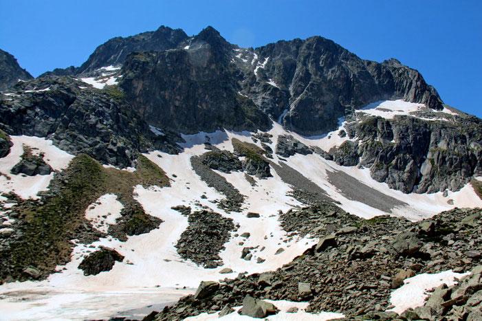 Face à moi, le Peyregnets de Costalade (2740m).