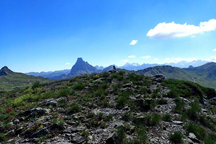 Arrivée à la Punta Torrulas (2257m).