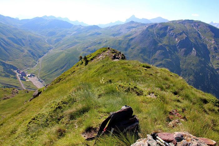 Toujours du Pic d'Arnousse, la borne frontière.