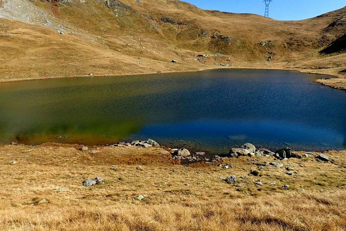 Un peu de repos au bord de ce petit lac...