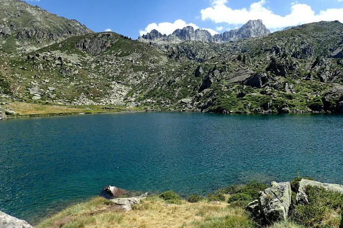Un dernier coup d'oeil vers le lac et le Néouvielle.