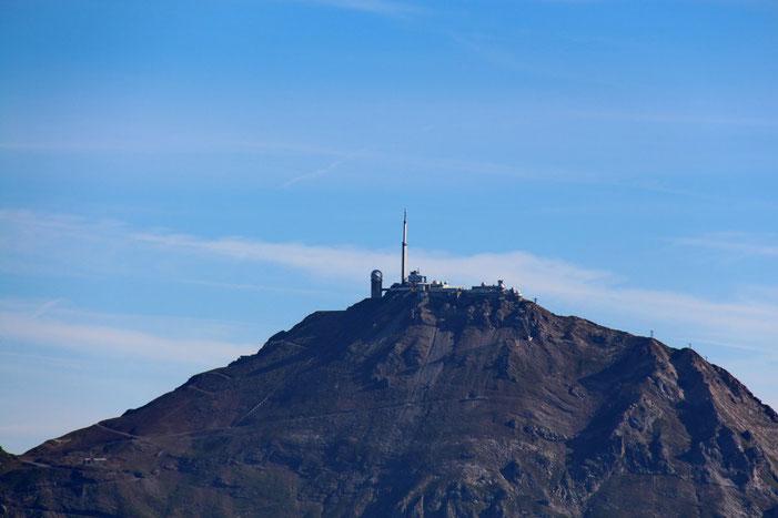 Zoom sur l'Observatoire du Pic du Midi.