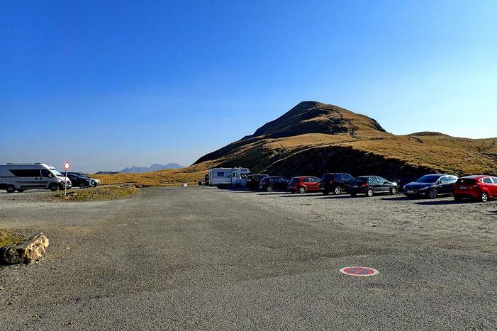 Et derrière moi, le Pic des Tentes (2322m).