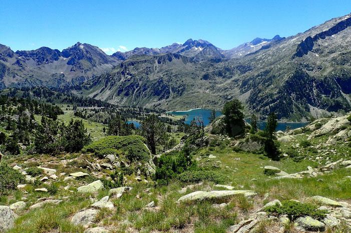 Retour vers les lacs d'Aubert et d'Aumar.