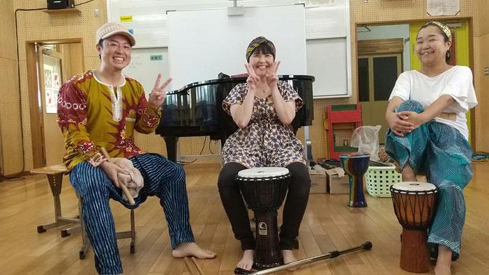 講師の皆さん。左から田村圭介さん・安里友希さん・山城ゆいさん