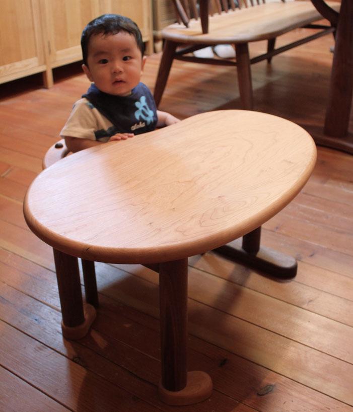 U字の子供椅子&豆型テーブル(相模原市・S様)