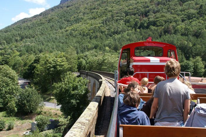 Train Rouge à Axat