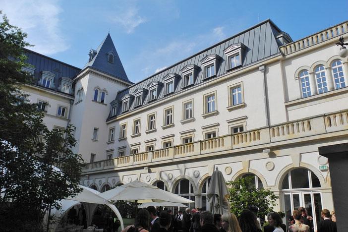 Trauredner Thomas Hoffmann freie Trauung Villa Kennedy in Frankfurt am Main