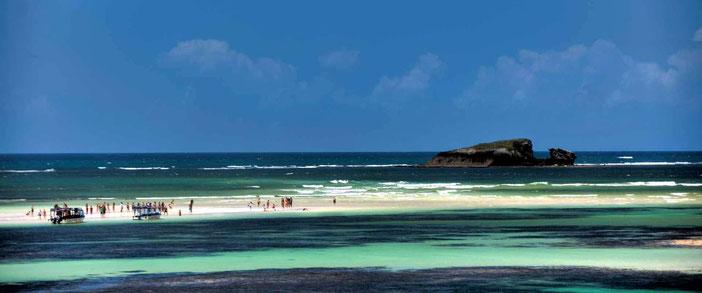 Watamu beach - Turtle Bay. Sullo sfondo l'Isola Balena