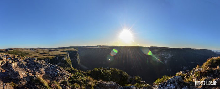 Brasilien - Südamerika - Reise - Motorrad - Honda Transalp - Blick auf den Canyon Fortaleza
