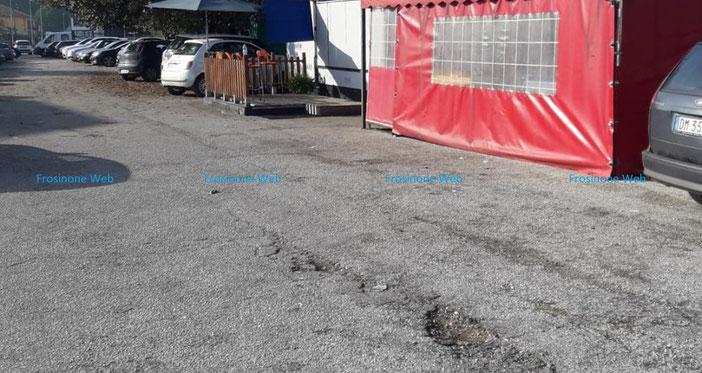 Il Parcheggio dove l'aggressore ha esploso il colpo alla testa del 27enne
