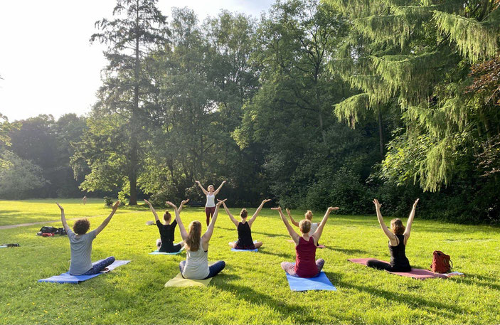 Yoga im Schloßgarten Oldenburg