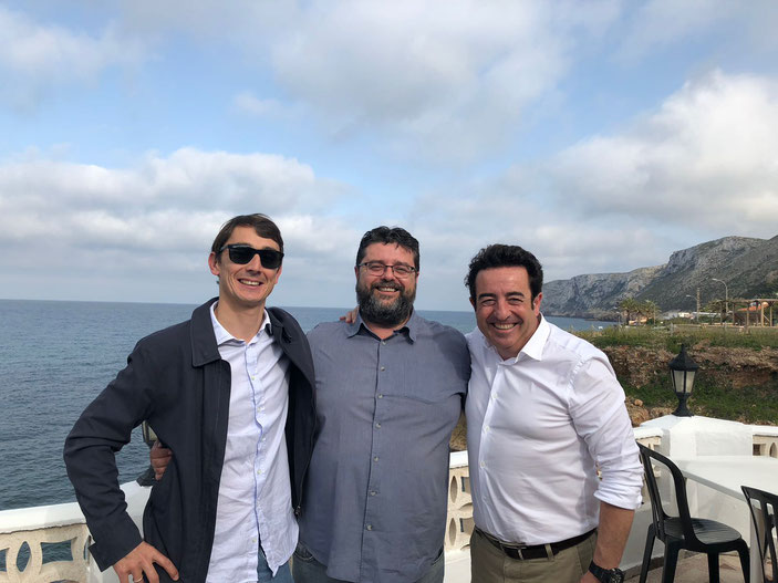 En el Restaurante Mena. Bati Bordes, en el centro, junto a Antonio Sellés (Hotel Los Ángeles Dénia) y Pepe Mendoza.