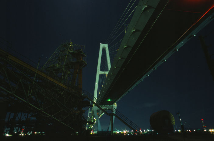 "CanonF-1N  FD24mmF2.8  FUJIFILM PROVIA 100F  iso100 24mm f11 60""  photo : toshimasa"