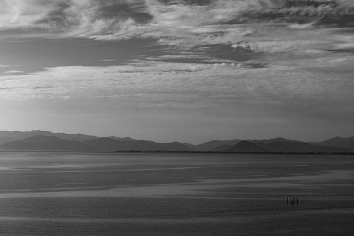 琵琶湖 CanonEOS8000D Sigma50mmF1.4 photo:toshimasa