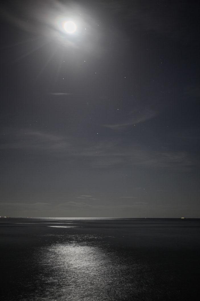 """常滑 CanonEOS5Dmk2 CanonEF24-70mmF4L iso100 47mm f4 20"""" M photo : toshimasa"""