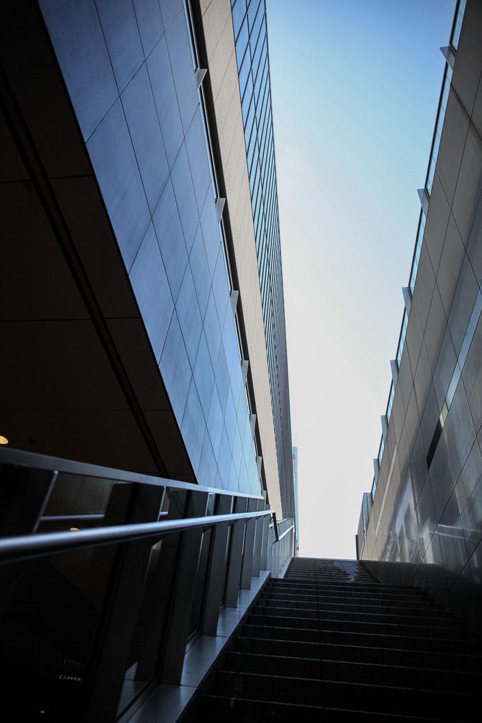 名古屋駅周辺 CanonEOS5Dmk2 CanonEF24-70F4L iso100 24mm f7.1 1/1250 Tv photo : toshimasa