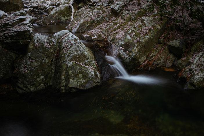 """くらがり渓谷 CanonEOS 5Dmk2 CanonEF24-70mmF4L iso100 39mm f22 5"""" M photo : toshimasa"""