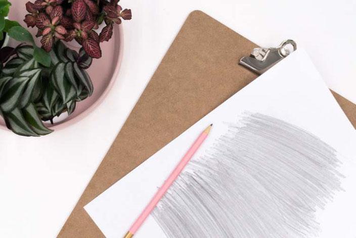 DIY Anleitung: So beletterst du dein Klemmbrett - Schritt 2: Vorlage übertragen