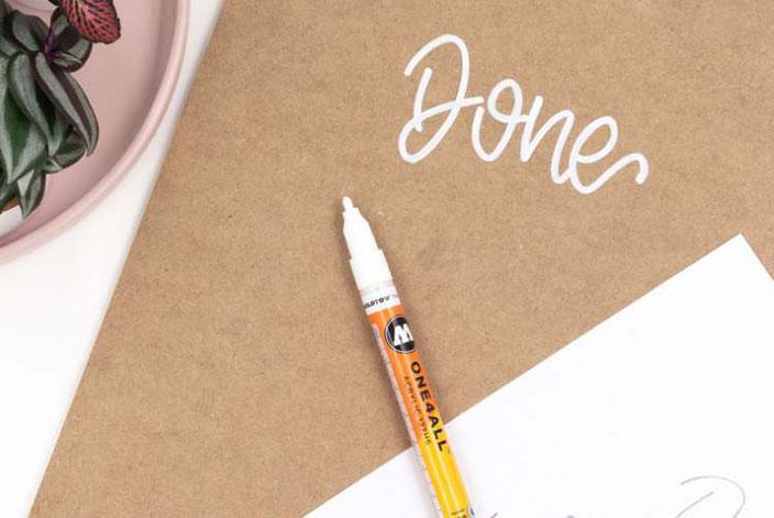 DIY Anleitung um ein Klemmbrett mit Lettering zu gestalten