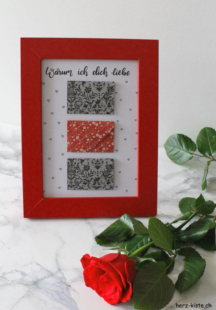 Warum ich dich liebe - ein Geschenk zum Valentinstag mit einem Liebesbrief auf Herz - gefaltet zu einem Briefumschlag