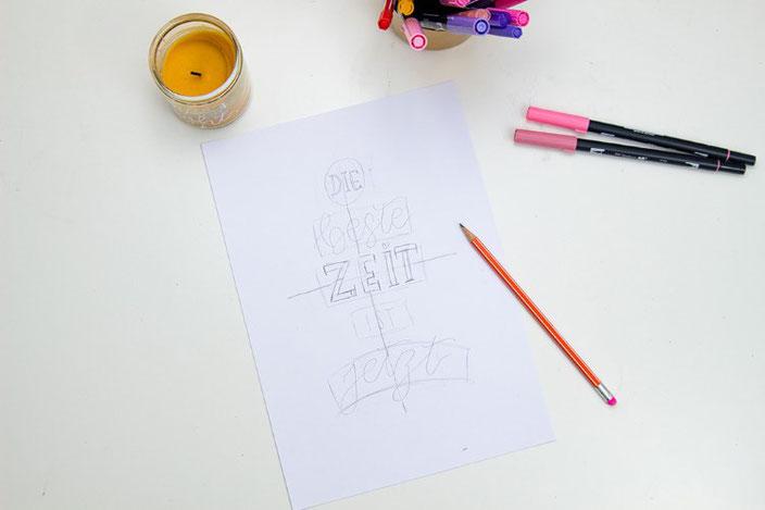Anleitung um deine Letteringsprüche zu gestalten: Schritt 3: Wörter vorzeichnen