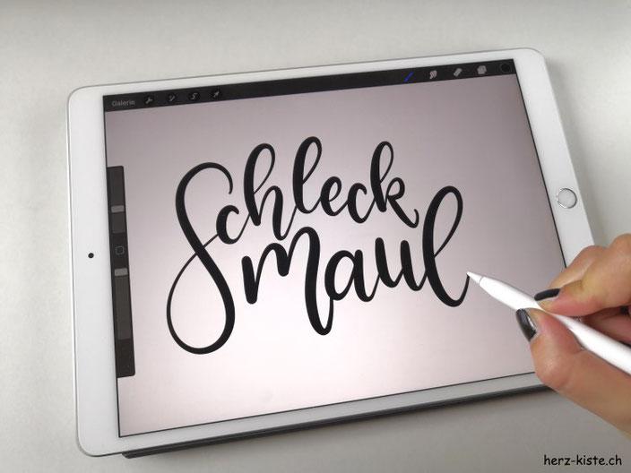 Schleckmaul - Schriftzug im Handlettering Stil schreiben und digitalisieren