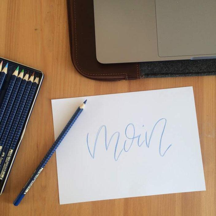 Anleitung: Faux Calligraphy mit aquarellierbaren Buntstiften - Schritt 1: Schriftzug simpel