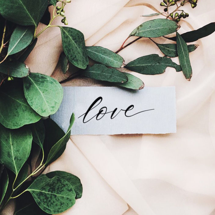 love - einfaches Handlettering von fabletters bei den Letter Lovers