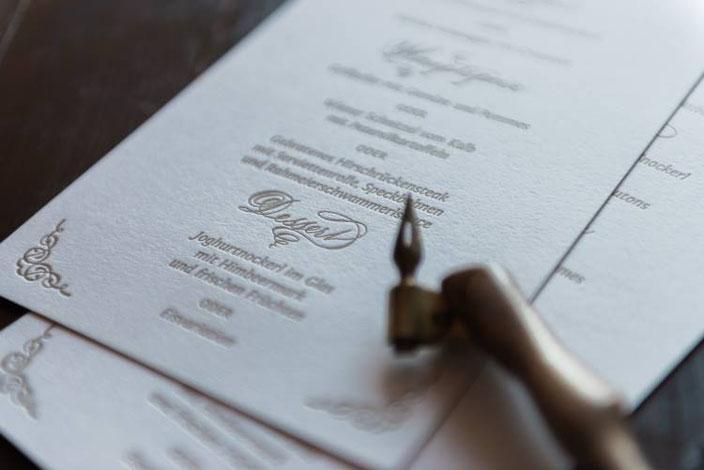 Hochzeits Menuekarte mit Kalligraphie - Tintenfuchs bei den Letter Lovers